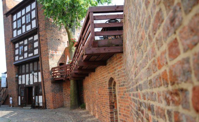 Leaning Tower Torun Poland +PoznanTours.com